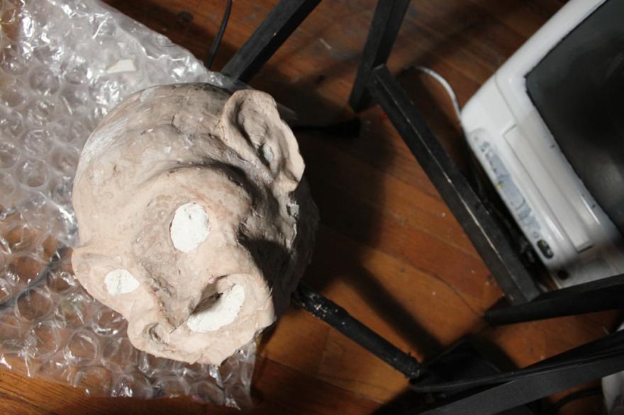 13 sculptedhead